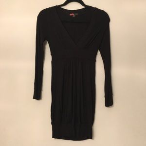 Forever 21 Long Sleeve V-Neck Dress